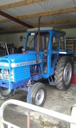 272 leyland tractor for sale