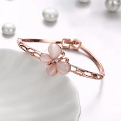 Get Rose Gold Bracelet for women - Eva Victoria