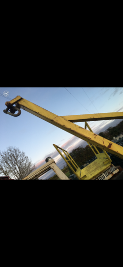 FORKLIFT LIFTING ATTACHMENT