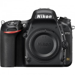 Nikon D750 body + Battery Grip + Extras|82K shots