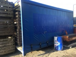 Curtain-side lorry-body