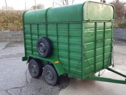 8 by 4 two cow cattle trailer