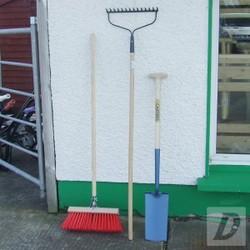 Gardening Set (Spade, Rake, Brush)