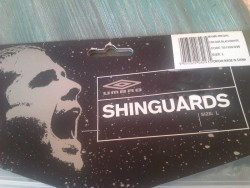 New Umbro Shin Guards with ankle guards