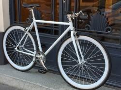 Ladies fixi bike new