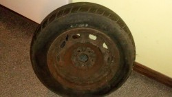 Brand new tyres size. 185/65/14 with Toyota Avensis Rims