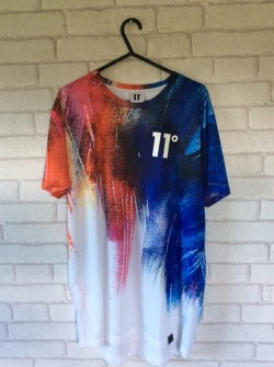 11 degrees t shirt