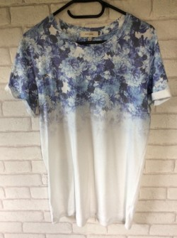 River island flower design t shirt