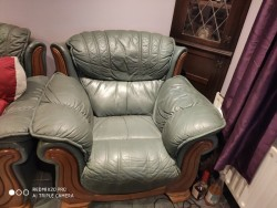 Green leather 3 seater, 3 piece suite