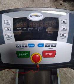 Horizon Tempo T902 Motorised Folding Treadmill