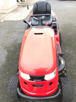 22hp Ride on Lawnmower