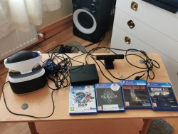 VR for PS4 set without handsticks + 4 games
