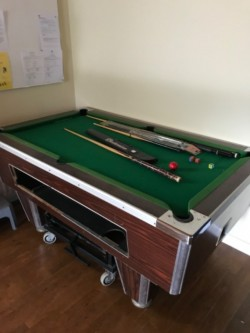 Wanted 6/3.5 ft slate bed pool table