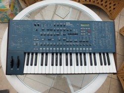 KORG MS 2000 SYNTH