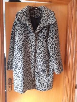 Ladies Dash Fur Coat.