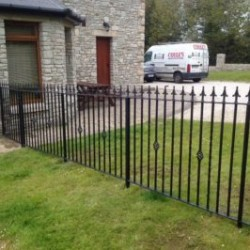 Garden railing, Painted or galvanised for sale