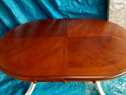 Dining room Table for sal