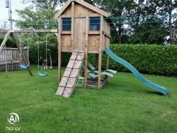 Hand Made Designed Tree House, Swing & Slide for Sale