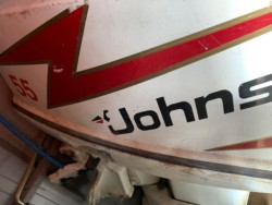 Speedboat Johnston 55 Engine