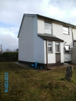 OMAGH 3 BED SEMI CENTRAL HEAT, DOUBLE GLAZE FRONT SIDE REAR GARDENS BT79 £85/WEEK