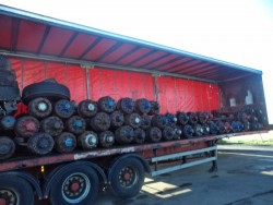 Large selection of trailer axles