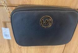Michael Kors Genuine Leather - Black / Gold