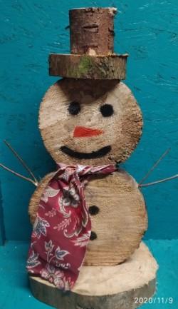 Timber snowman