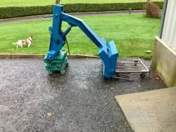 Hydraulic back end loader