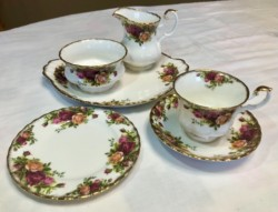 Royal Albert, Old Country Roses, 21 Piece Tea Set