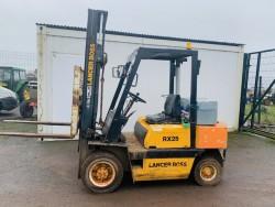 Lancer Boss 2.5 ton Forklift.