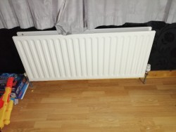 Radiator for sale (13) Sizes: 2ft, 3ft, 4ft, 5ft, 6ft Single & Double Good condition
