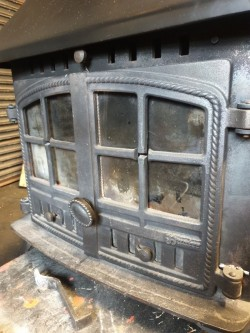 Hunter stove with back boiler