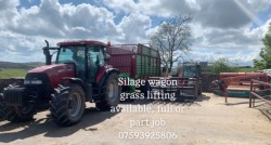 Silage wagon grass lifting