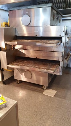 Middleby Marshall Pizza Oven