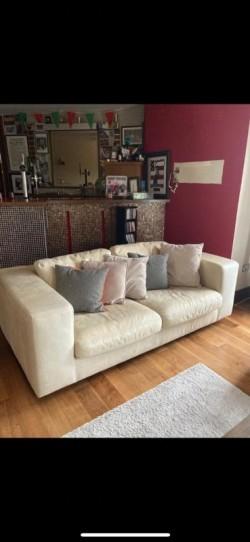 Cream Sofa in Perfect Condition X 2 275 Each ONO