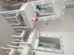 Hollywood mirror and dresser sets