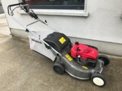 Honda SELF DRIVE Lawnmower